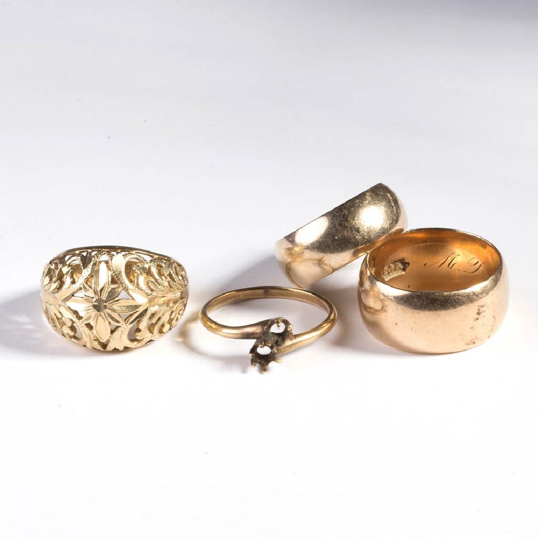 VINTAGE LADY'S 14K GOLD RINGS, LOT OF FOUR