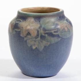 NEWCOMB BAILEY ART POTTERY CABINET VASE