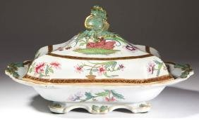 ENGLISH RIDGWAY GAUDY CERAMIC COVERED VEGETABLE