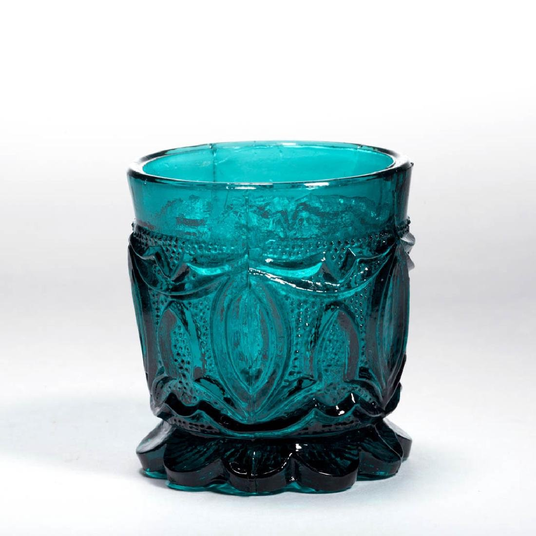 PRESSED LACY POINTED OVAL TOY TUMBLER