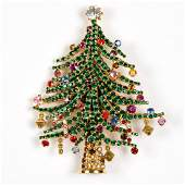 VINTAGE DOROTHY BAUER CHRISTMAS COSTUME JEWELRY BROOCH