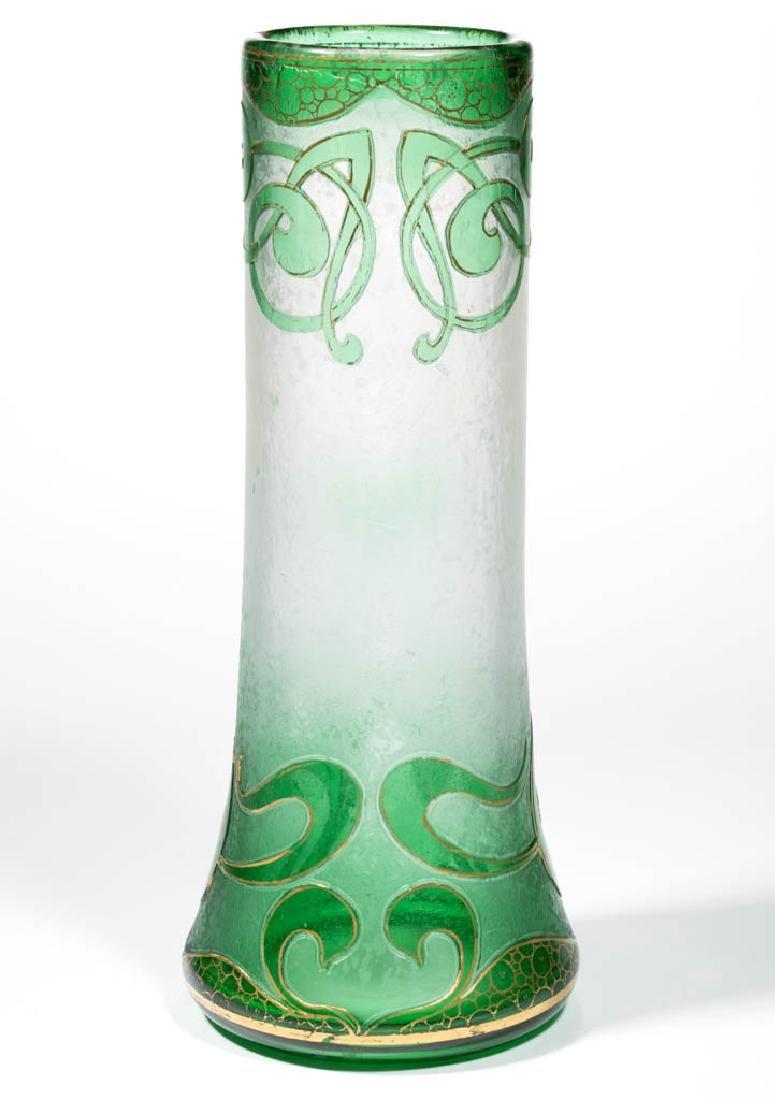 DORFLINGER HONESDALE CAMEO ART GLASS VASE - 2