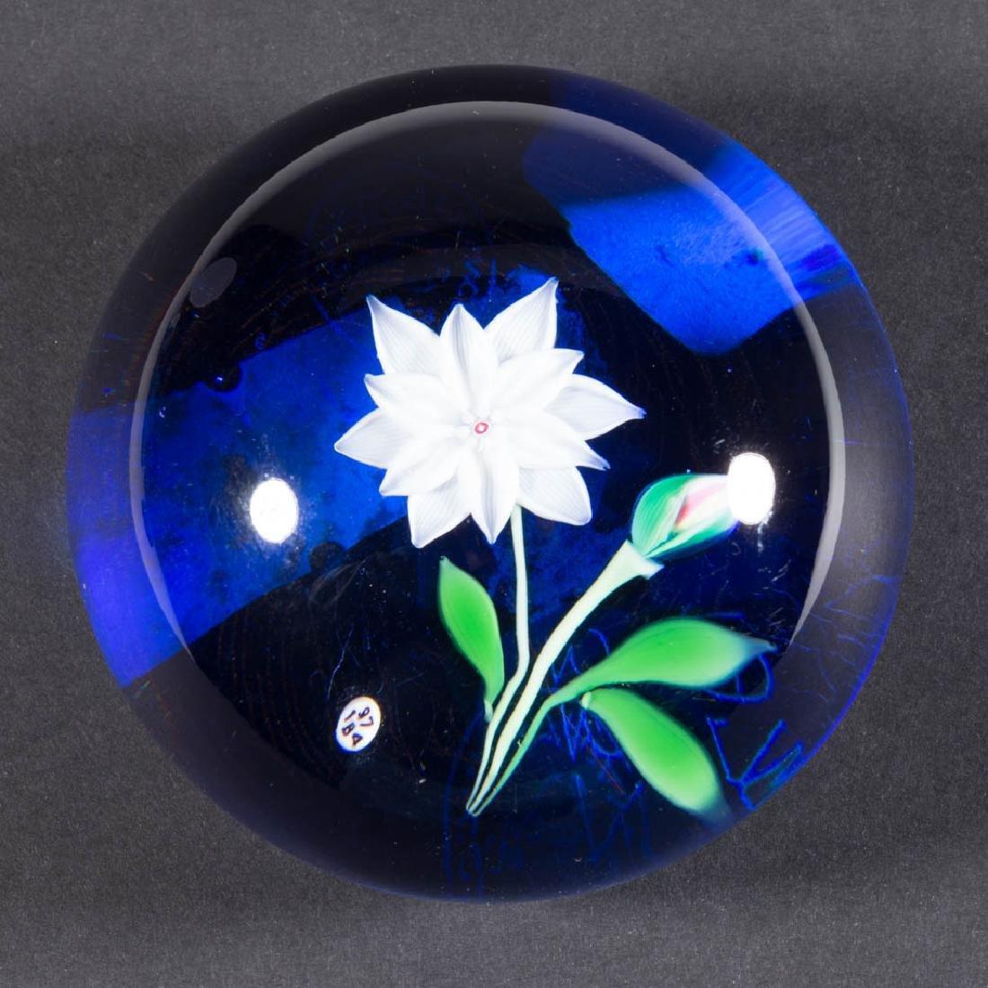 CONTEMPORARY BACCARAT ART GLASS LAMPWORK PAPERWEIGHT