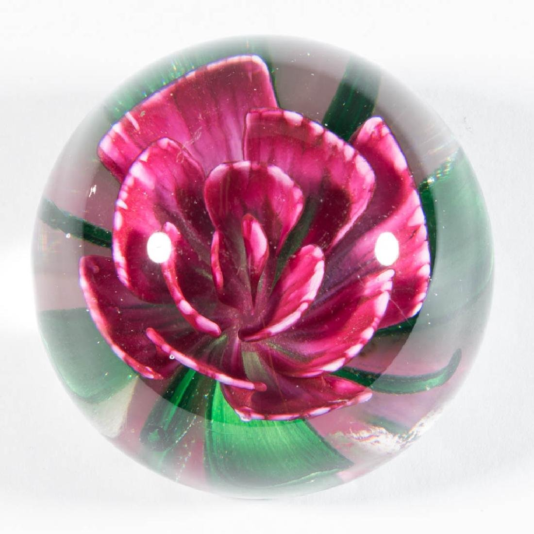 PAIRPOINT LAMPWORK PAPERWEIGHT