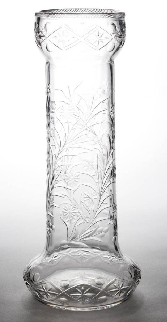 DORFLINGER ATTRIBUTED NO. 1104 CUT GLASS VASE