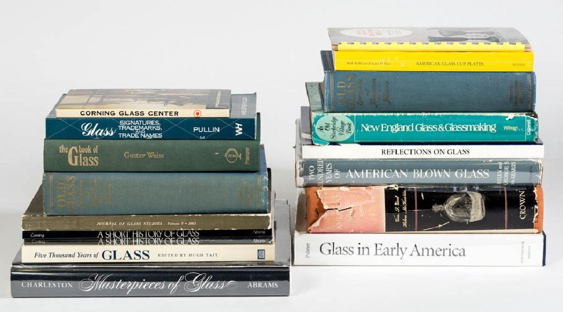ASSORTED GLASS REFERENCE VOLUMES, LOT OF 18