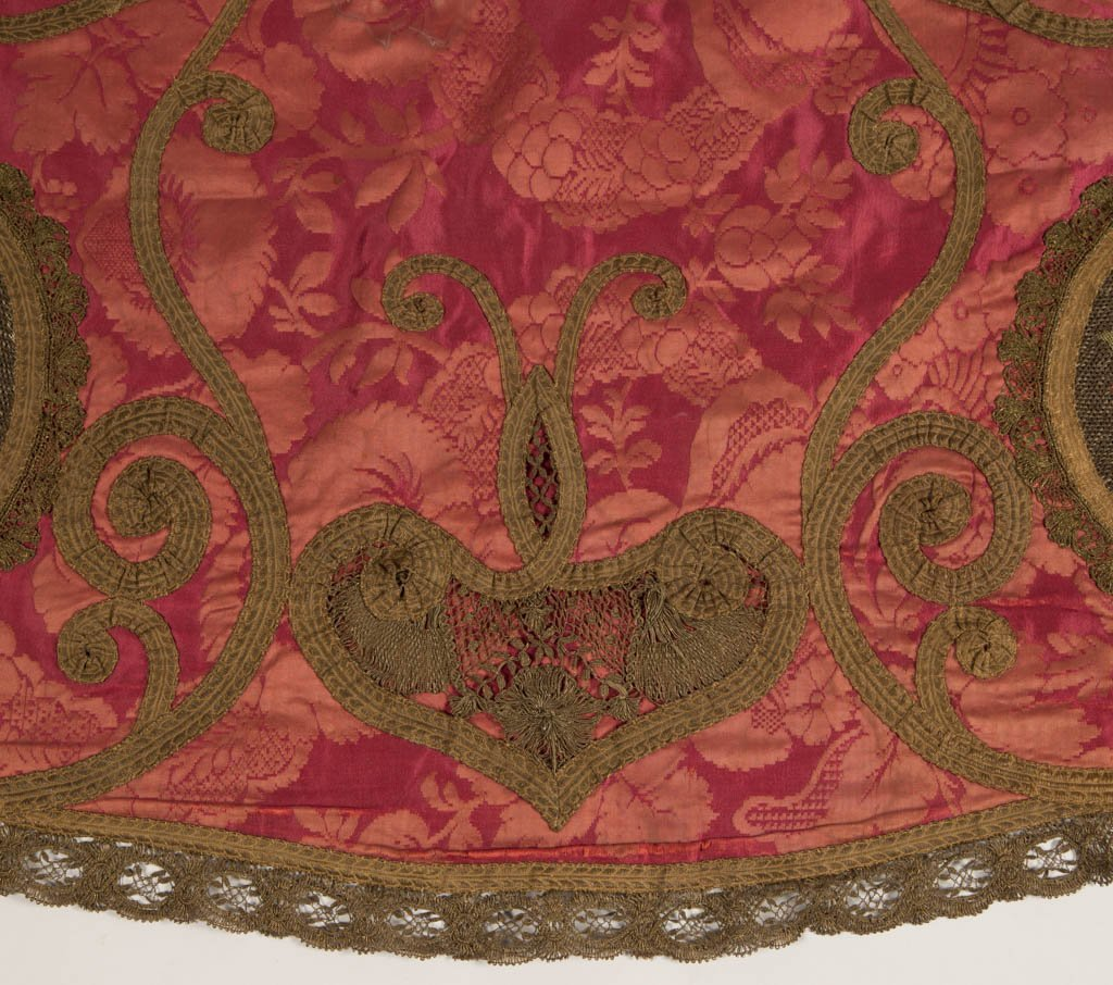 VICTORIAN SILK EMBROIDERED TABLE COVER / THROW - 3