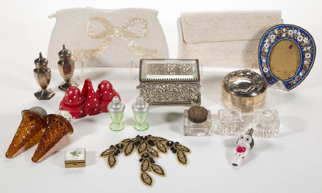 ASSORTED GLASS, METAL AND OTHER LADY'S AND TABLE