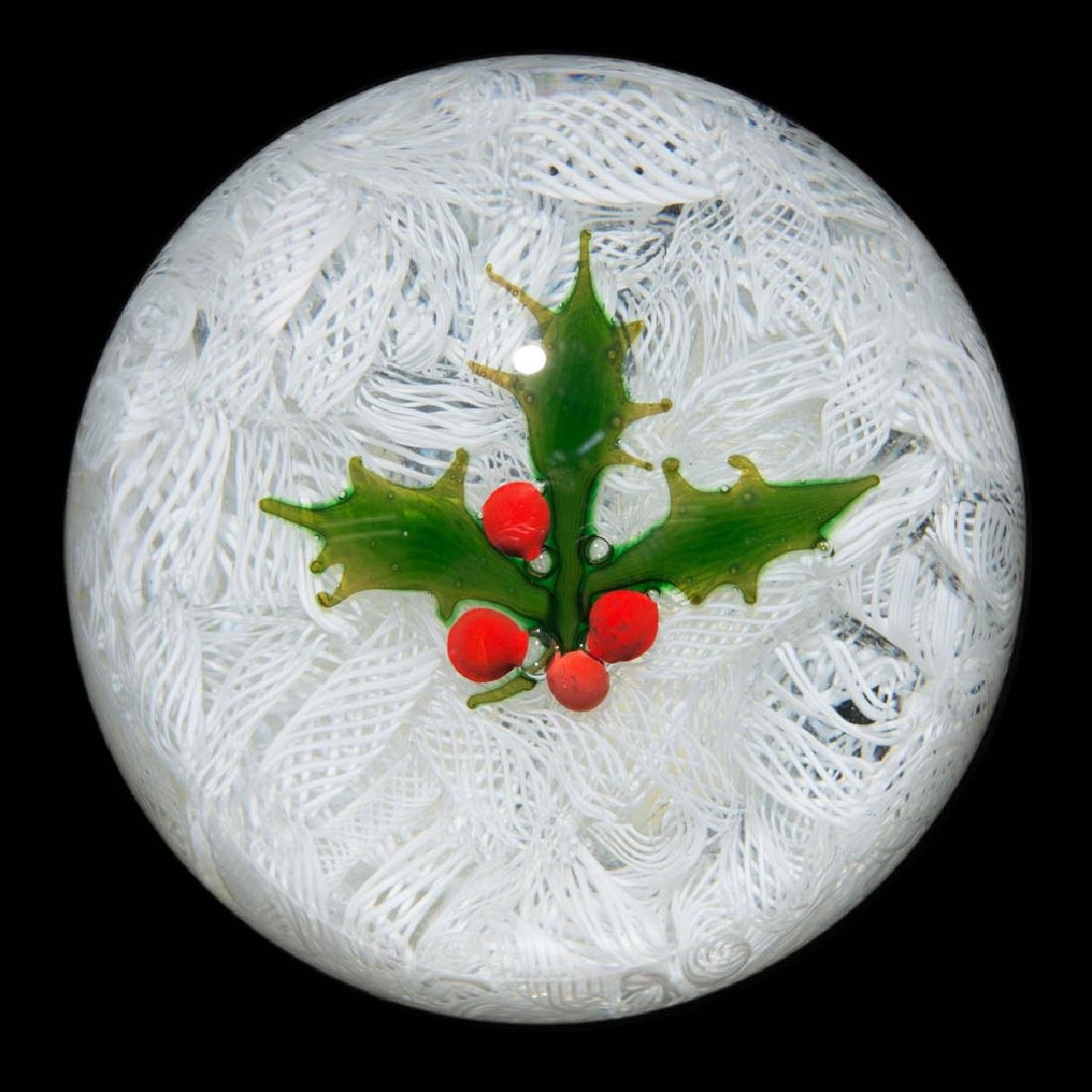 CONTEMPORARY PERTHSHIRE CHRISTMAS HOLLY LAMPWORK