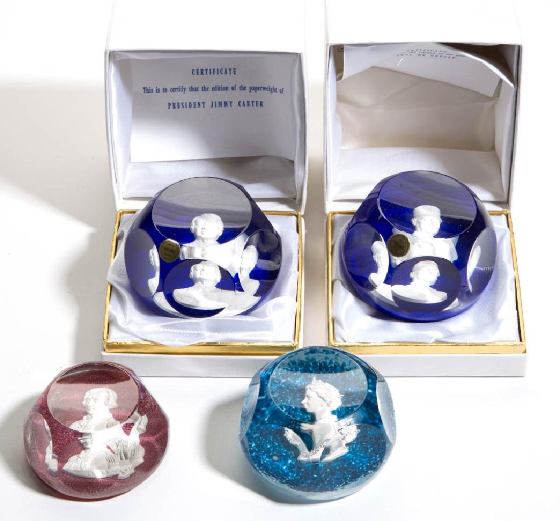 CONTEMPORARY ST. LOUIS SULPHIDE PAPERWEIGHTS, LOT OF