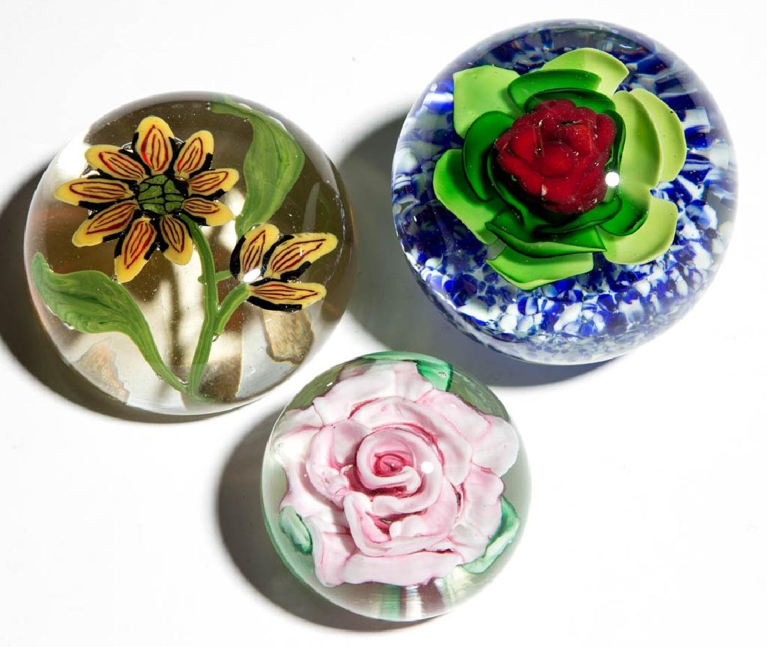 ASSORTED FLORAL LAMPWORK PAPERWEIGHTS, LOT OF THREE