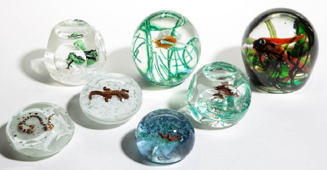 ASSORTED ANIMAL LAMPWORK PAPERWEIGHTS, LOT OF SEVEN