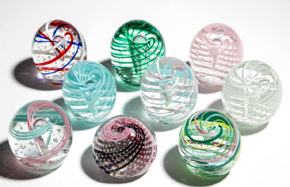 ASSORTED AIR-TRAP AND SWIRL PAPERWEIGHTS, LOT OF NINE