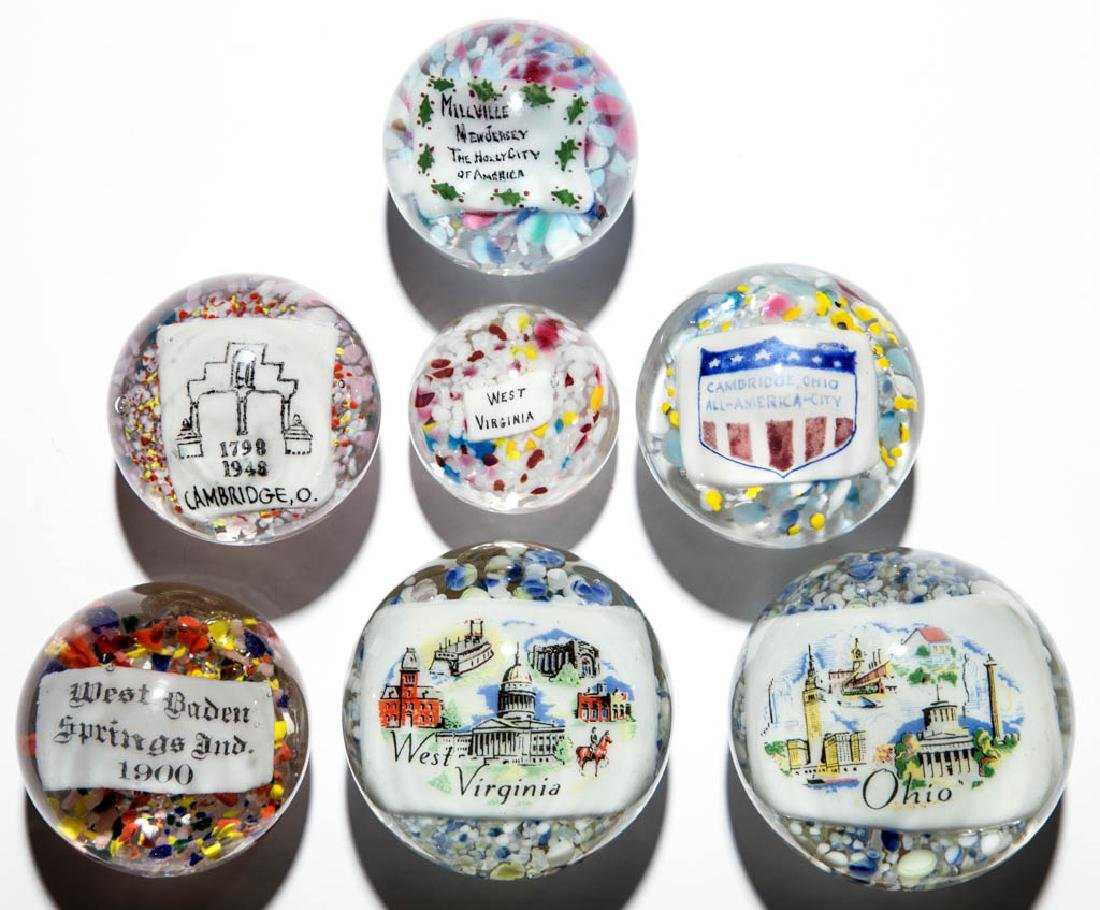 ASSORTED CITY / STATE DESIGNATED PLAQUE PAPERWEIGHTS,