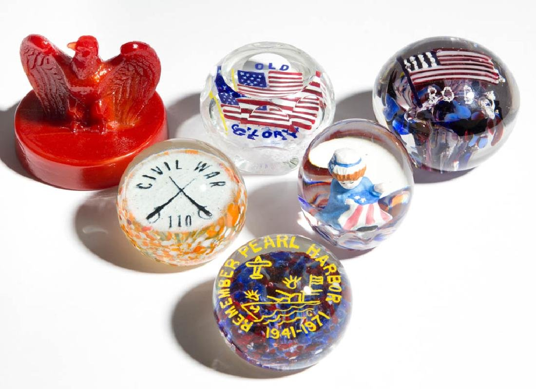 ASSORTED PATRIOTIC / COMMEMORATIVE PAPERWEIGHTS, LOT OF