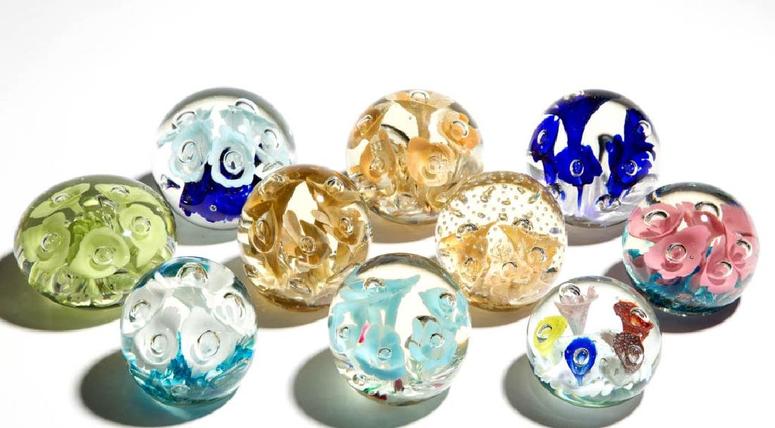 ASSORTED FIVE-FLOWER PAPERWEIGHTS, LOT OF TEN