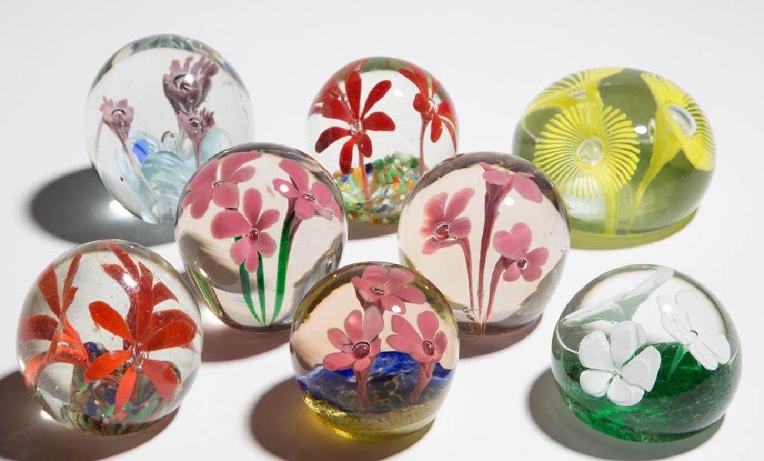 ASSORTED THREE-FLOWER PAPERWEIGHTS, LOT OF EIGHT