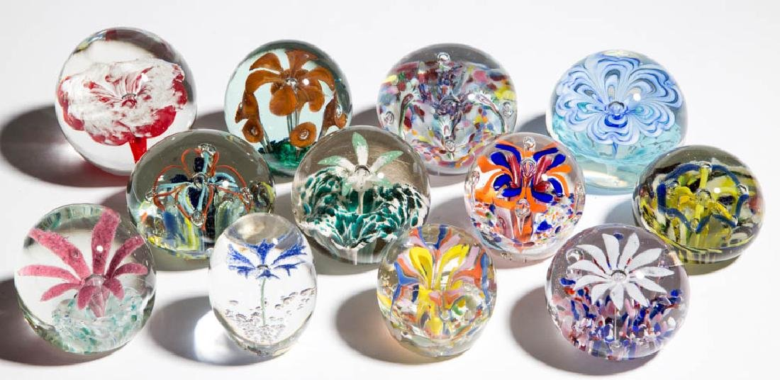 ASSORTED FLORAL GLASS PAPERWEIGHTS, LOT OF 12