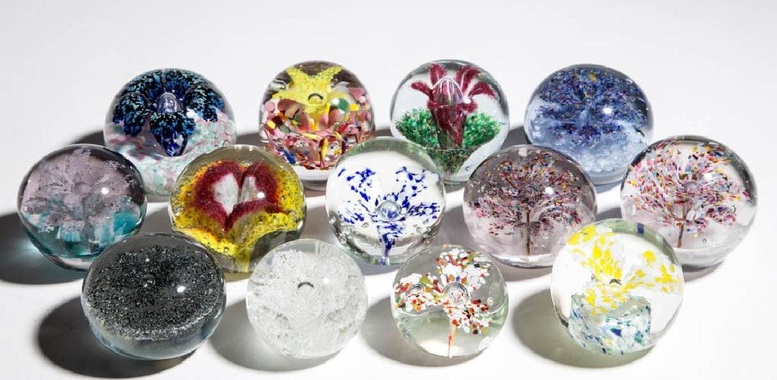 ASSORTED MOTTLED GLASS / FRIT PAPERWEIGHTS, LOT OF 13