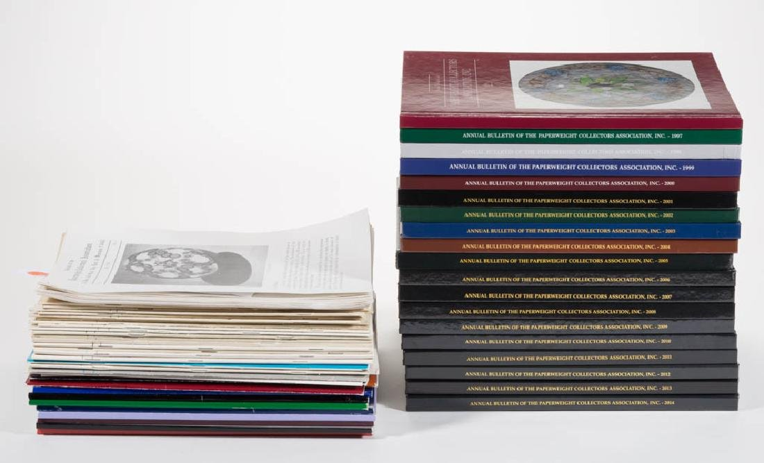 PAPERWEIGHT COLLECTOR'S ASSOCIATION ANNUAL BULLETINS,