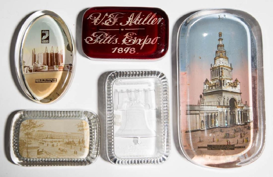 ASSORTED EXPOSITION / WORLD'S FAIR PAPERWEIGHTS, LOT OF