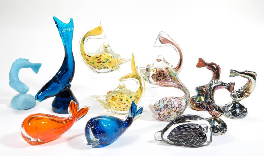 ASSORTED FIGURAL FISH GLASS SCULPTURES / FIGURINES, LOT