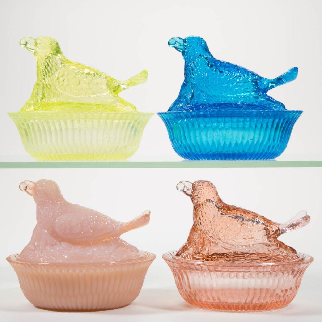 DEGENHART GLASS BIRD WITH BERRY COVERED DISHES, LOT OF
