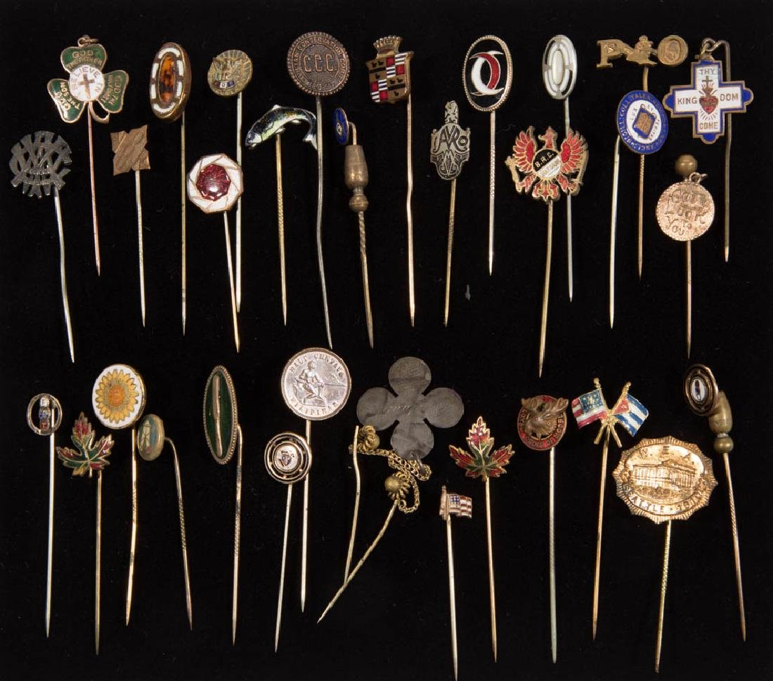 ANTIQUE / VINTAGE FRATERNAL AND OTHER STICK PINS, LOT