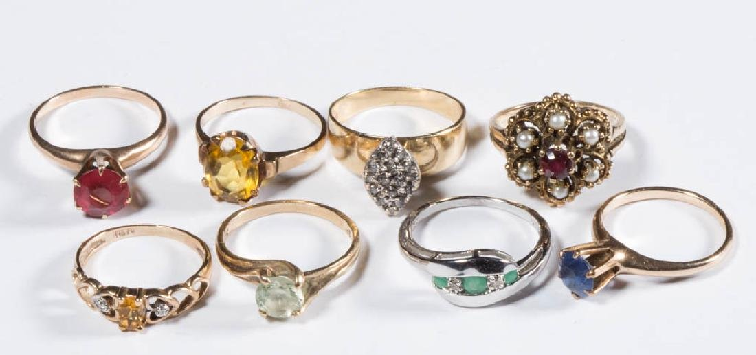 ASSORTED VINTAGE 10K GOLD LADY'S RINGS, LOT OF EIGHT