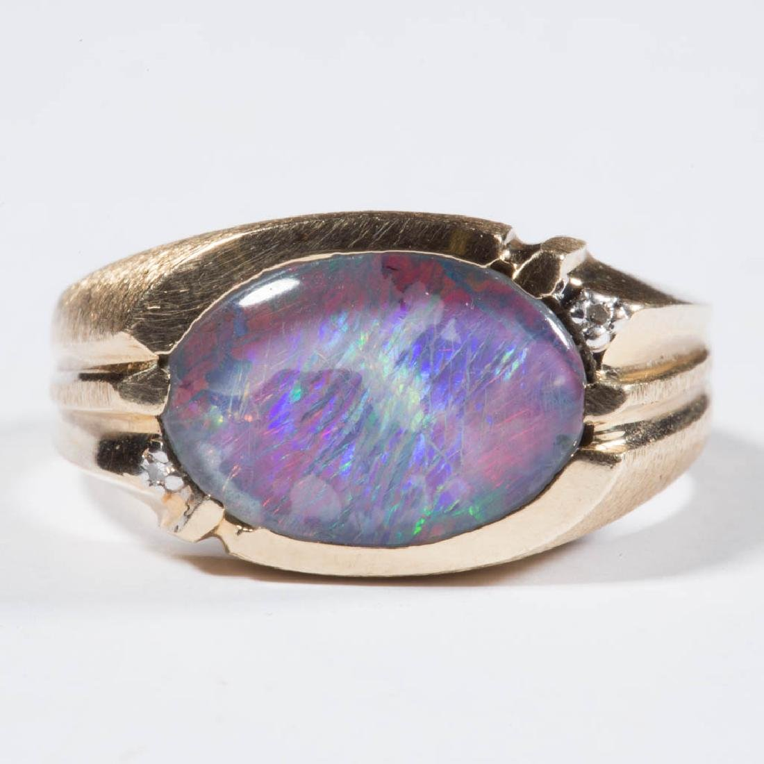VINTAGE 14K GOLD AND OPAL MAN'S RING
