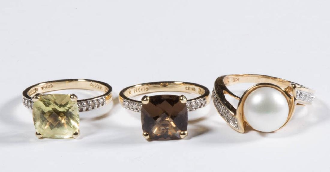 ASSORTED 14K GOLD LADY'S RINGS, LOT OF THREE