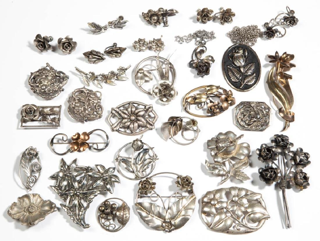ASSORTED ANTIQUE / VINTAGE STERLING SILVER COSTUME