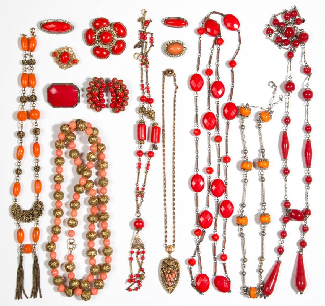 ASSORTED ANTIQUE / VINTAGE COSTUME JEWELRY, LOT OF 15