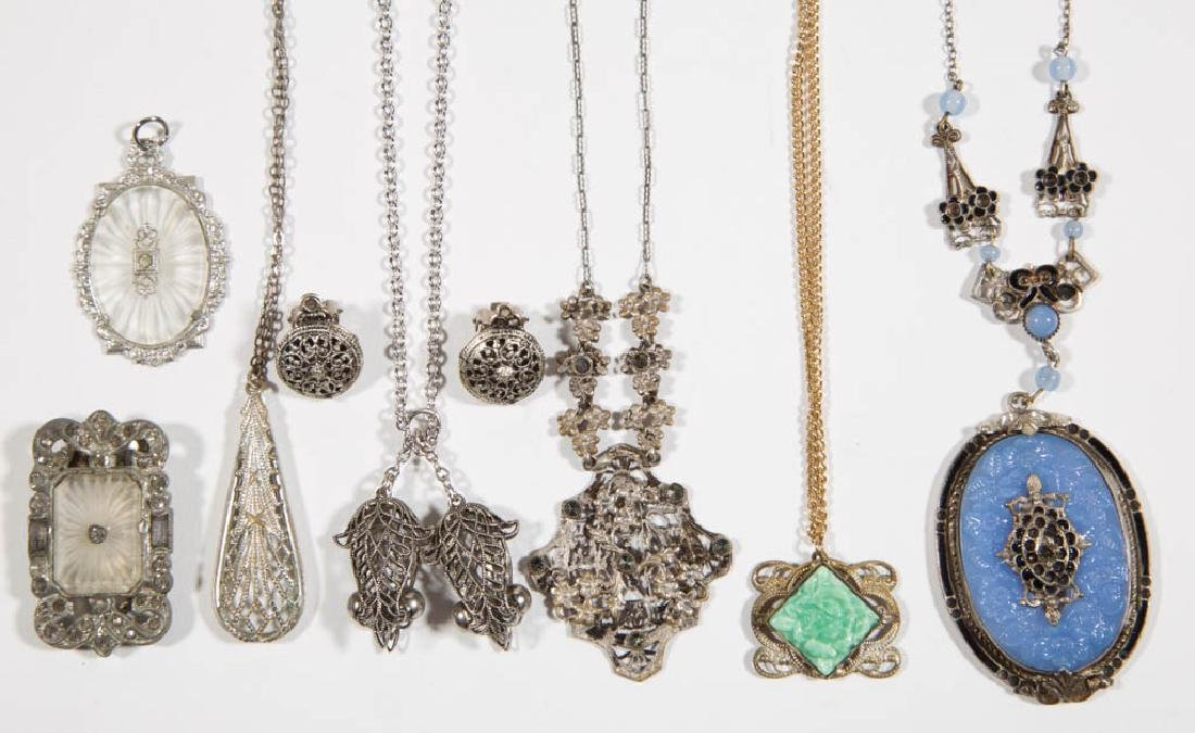 ASSORTED ANTIQUE / VINTAGE COSTUME JEWELRY, LOT OF NINE