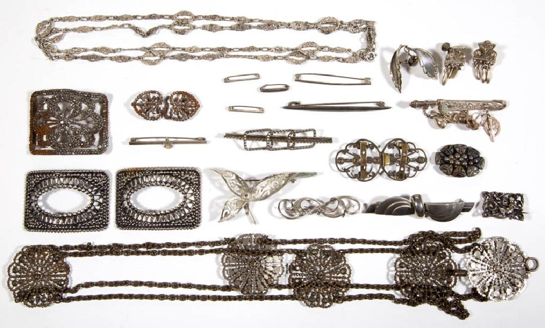 ASSORTED ANTIQUE / VINTAGE COSTUME JEWELRY AND