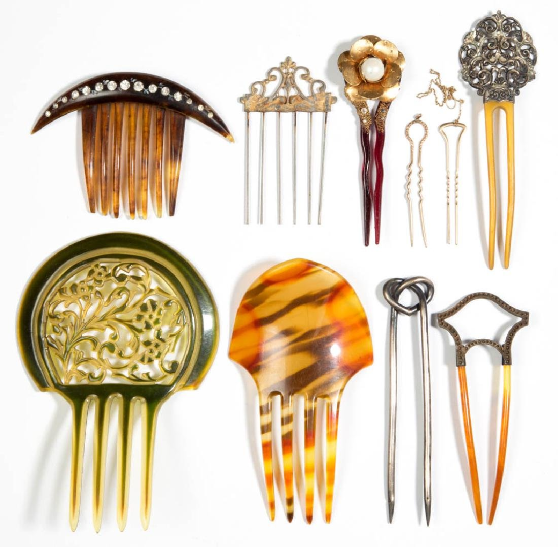 ASSORTED ANTIQUE / VINTAGE LADY'S HAIR COMBS, LOT OF