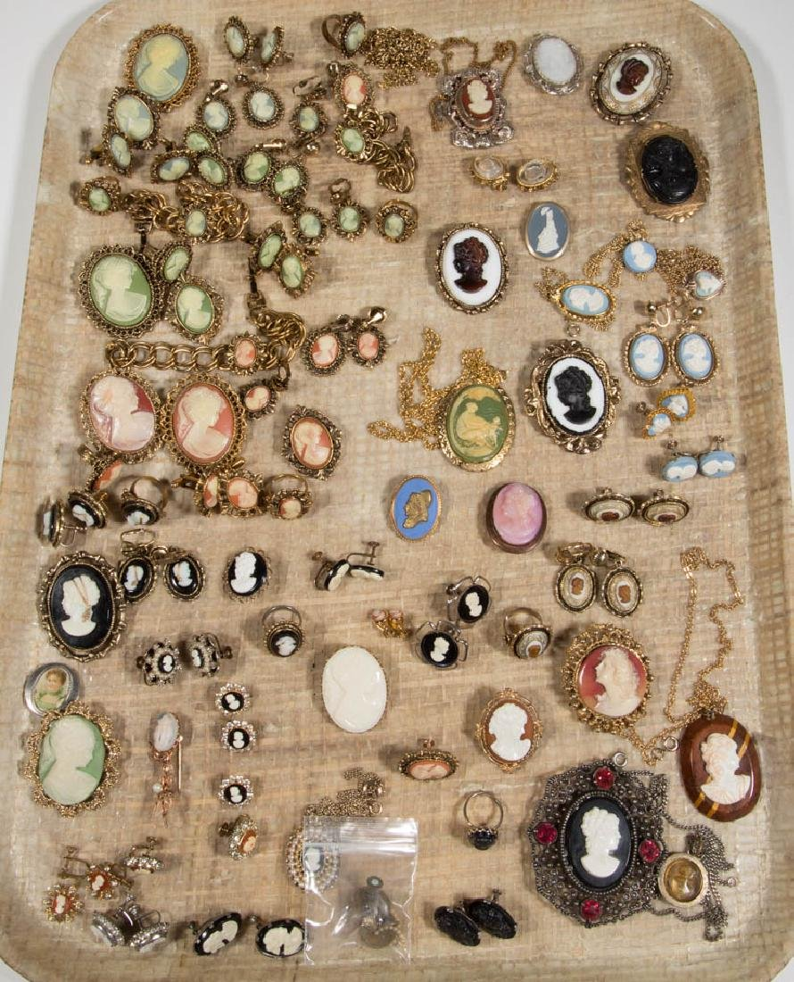 ASSORTED ANTIQUE / VINTAGE CAMEO-LIKE COSTUME JEWELRY