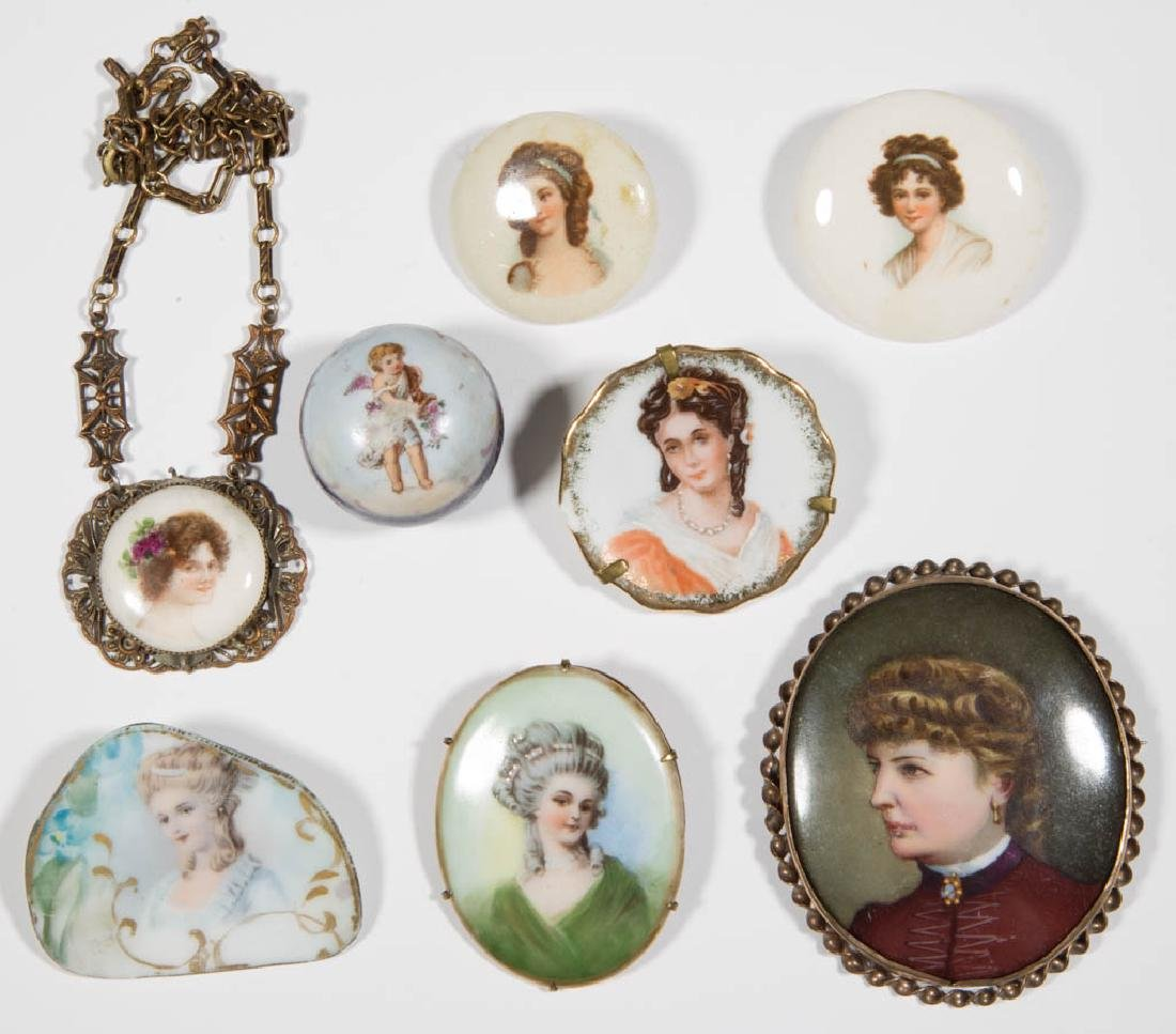 ASSORTED ANTIQUE / VINTAGE COSTUME JEWELRY, LOT OF