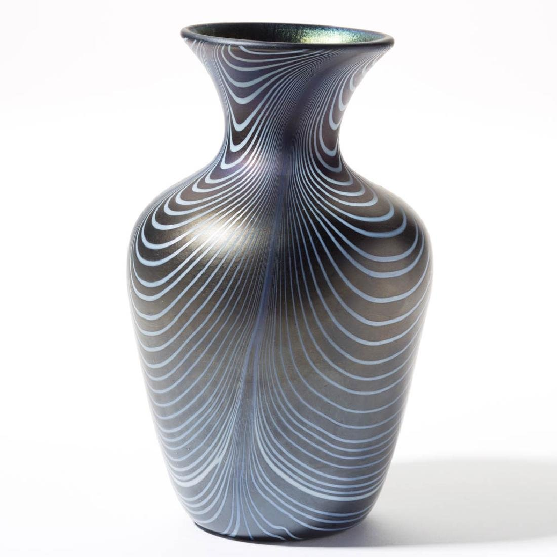 IMPERIAL LEAD LUSTRE LOOP ART GLASS VASE - 2