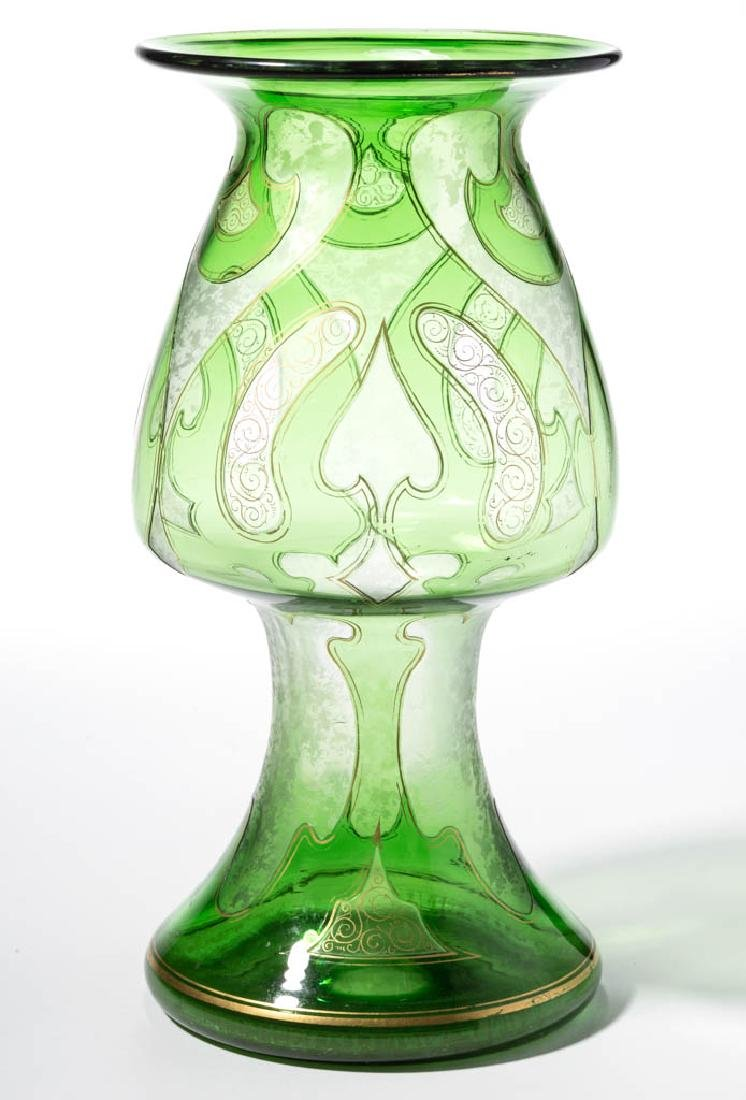 DORFLINGER HONESDALE CAMEO ART GLASS VASE