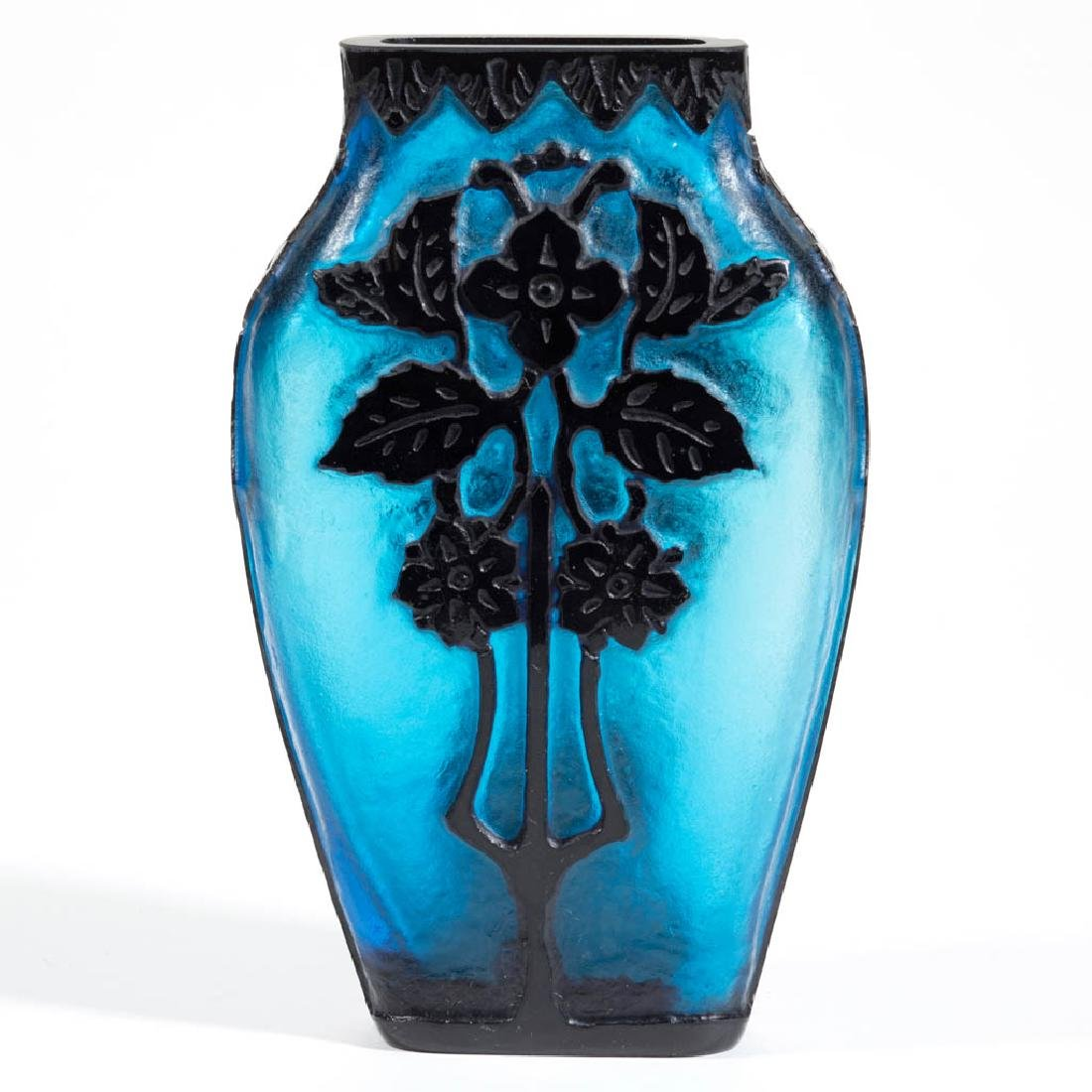 STEUBEN ACID-CUTBACK / CAMEO ART GLASS VASE