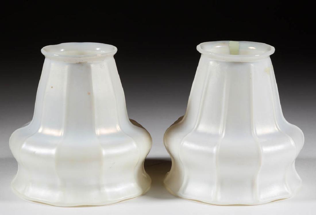 STEUBEN ATTRIBUTED MARBELITE RIBBED ART GLASS PAIR OF