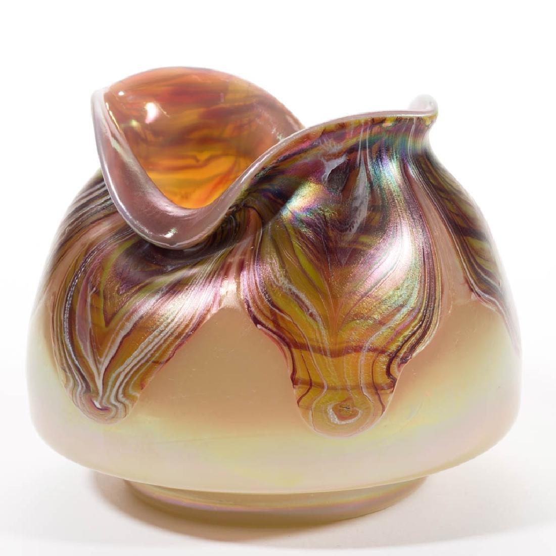 BOHEMIAN LOETZ-TYPE PULLED ART GLASS VASE - 3