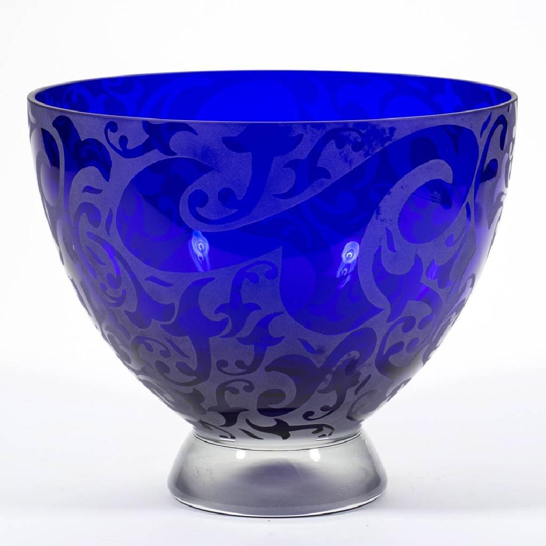 MICHAEL WEEMS ACID-ETCHED STUDIO ART GLASS BOWL