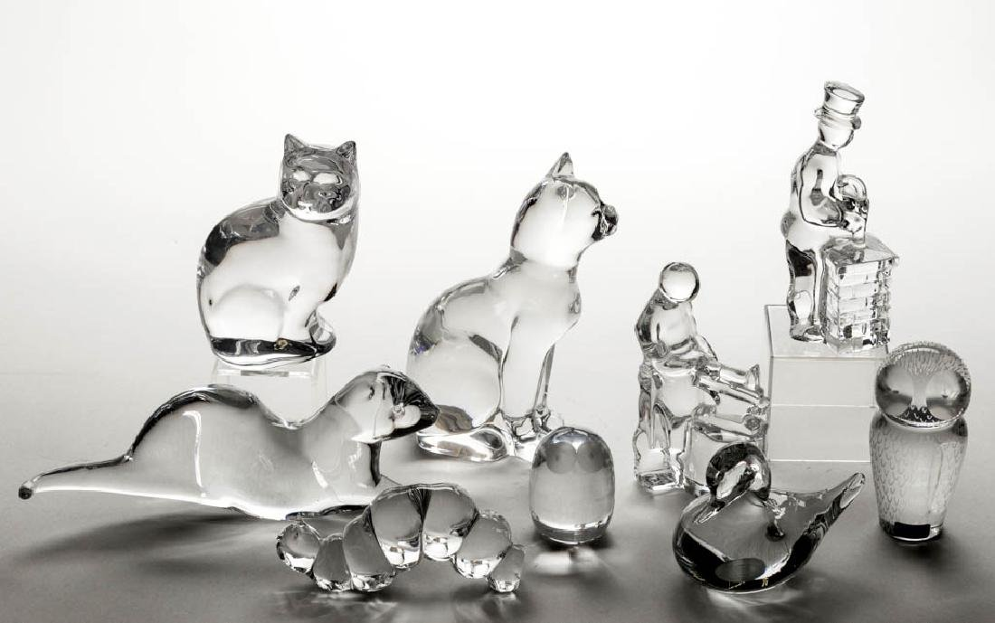 ASSORTED SWEDISH / NORWEGIAN CRYSTAL ART GLASS