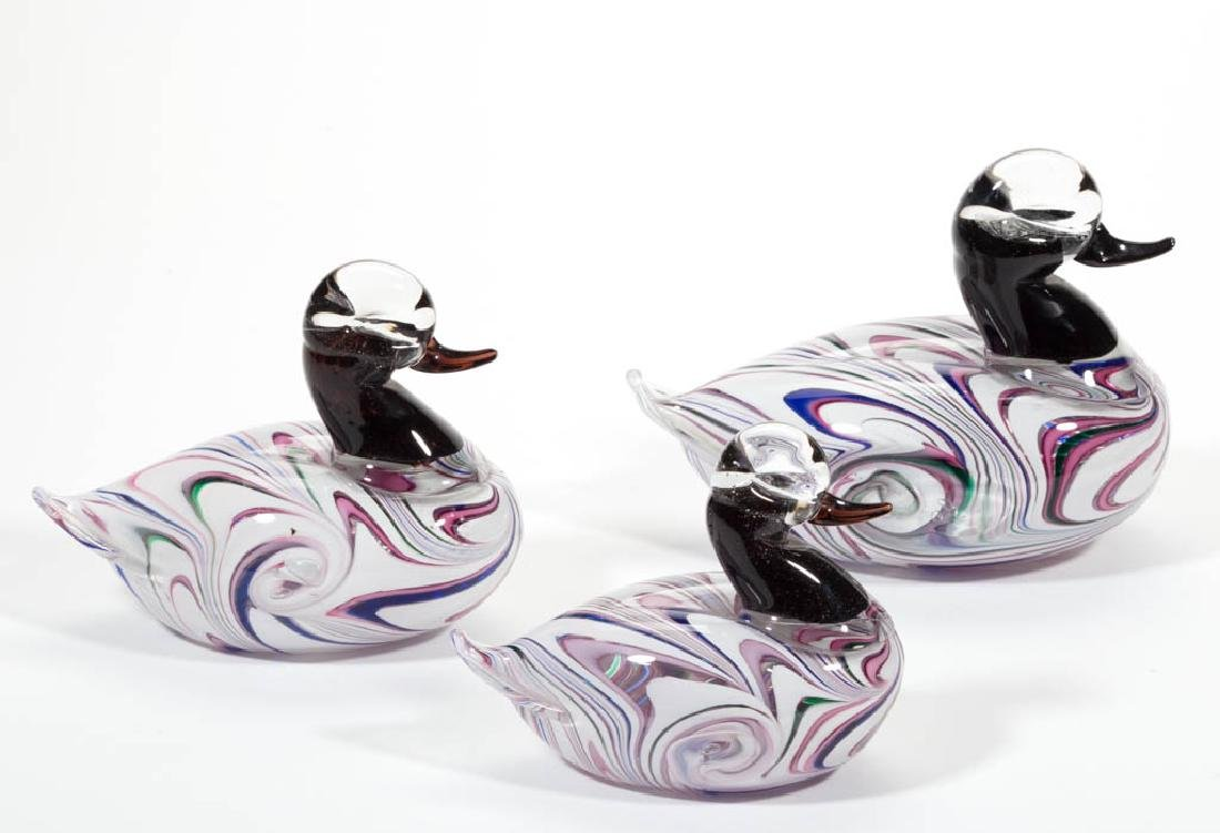 MURANO STUDIO ART GLASS DUCK FIGURINES, LOT OF THREE