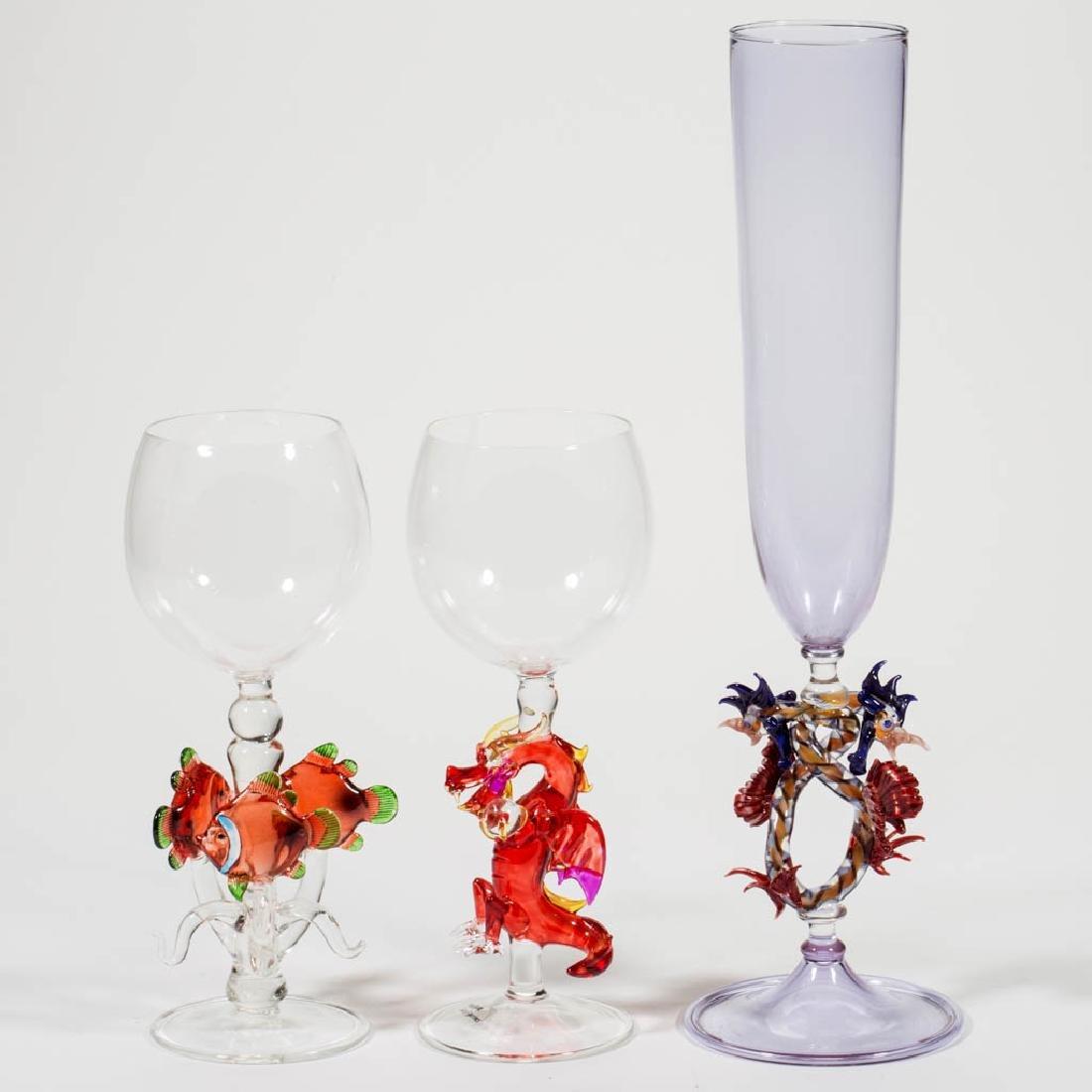 ASSORTED FIGURAL STEM STUDIO ART GLASS ARTICLES, LOT OF