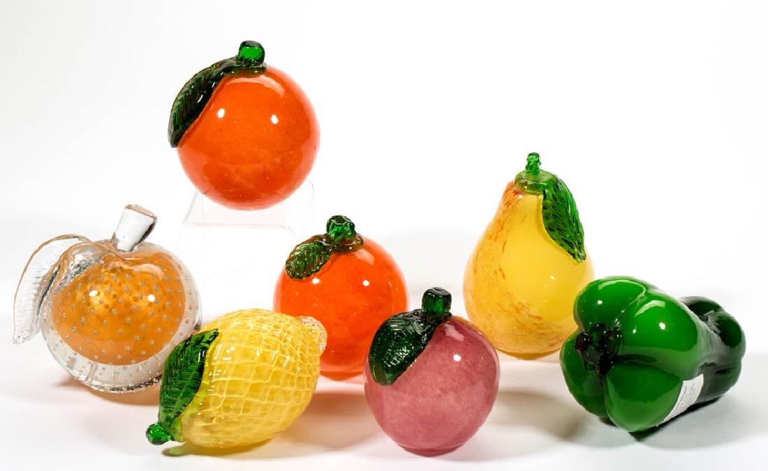 ASSORTED FIGURAL FRUIT / VEGETABLE STUDIO ART GLASS