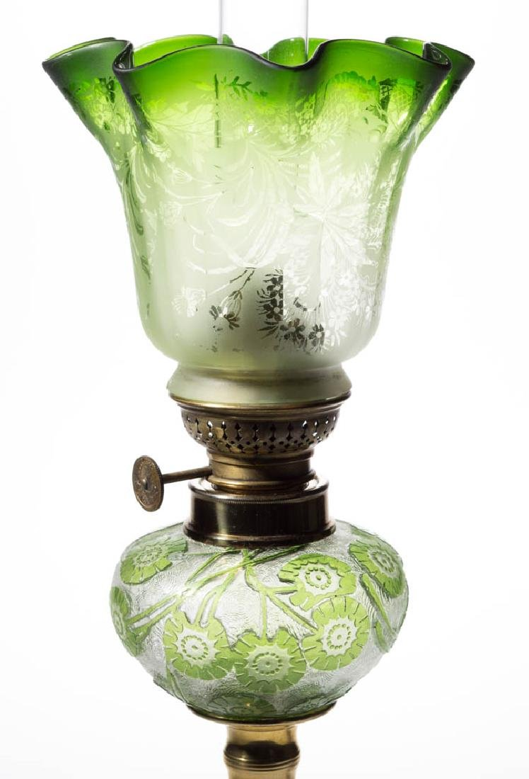 ACID CUT BACK CAMEO-TYPE FLORAL PEG LAMP