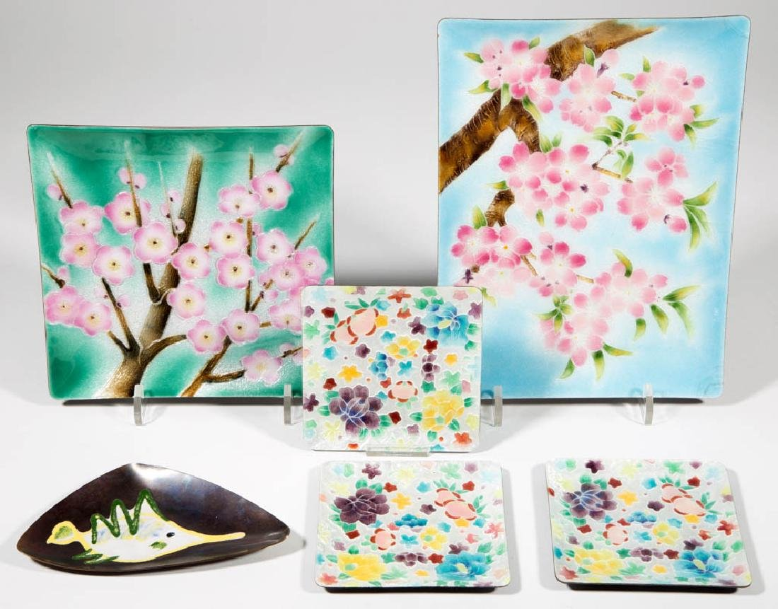 ANDO JUBEI JAPANESE CLOISONNE TRAYS / PLATES, LOT OF
